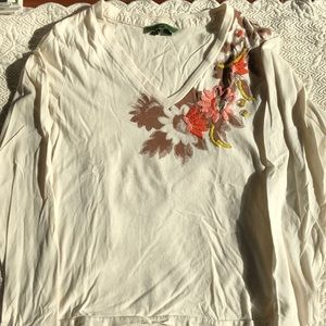 Oilily V neck tee with embroidery